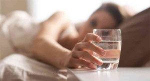 Benefits-of-drinking-water-early-morning